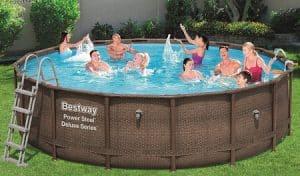 surface piscine hors sol